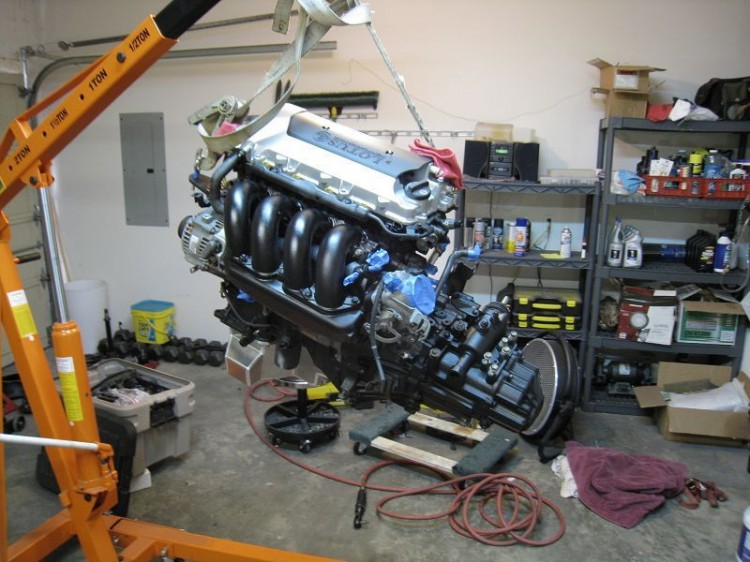 engine_tranny_hanging
