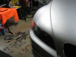 Fitted headlight and finder