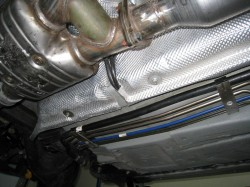 O2 cables exiting heat shield