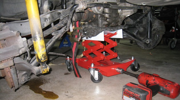 Dropping an E36 Rear Subframe