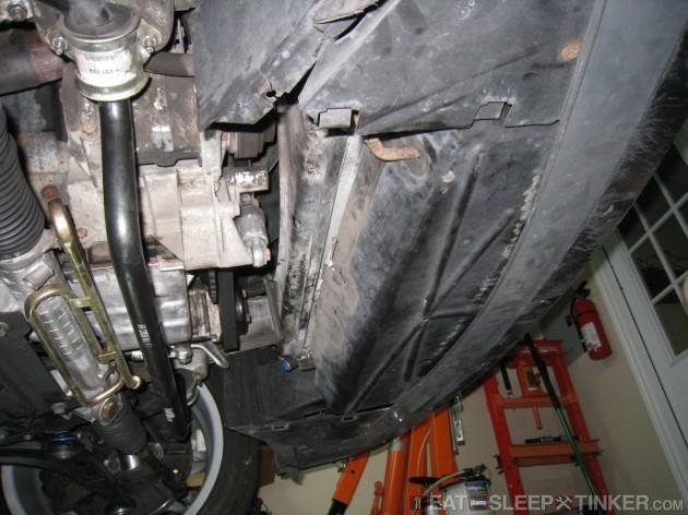 Stock E36 radiator bottom duct