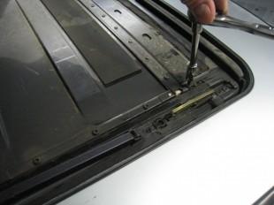 Liner Screws